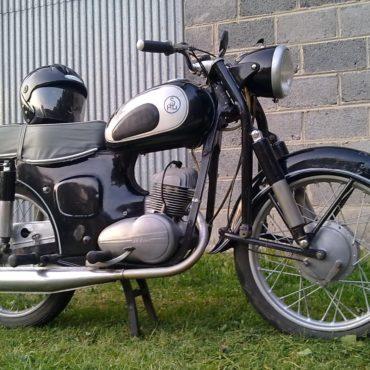 Piaskowanie VBLASTER – pomagamy przywrócić zabytkowy motocykl do życia (renowacja)